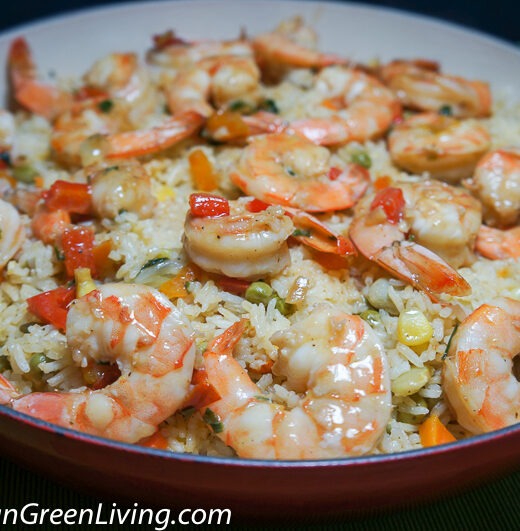 Vegetables Jasmine Rice with Sweet Pepper and Shrimp