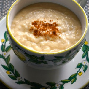 Corn Akasan is a typical creamy milky drink served in Haiti for breakfast.