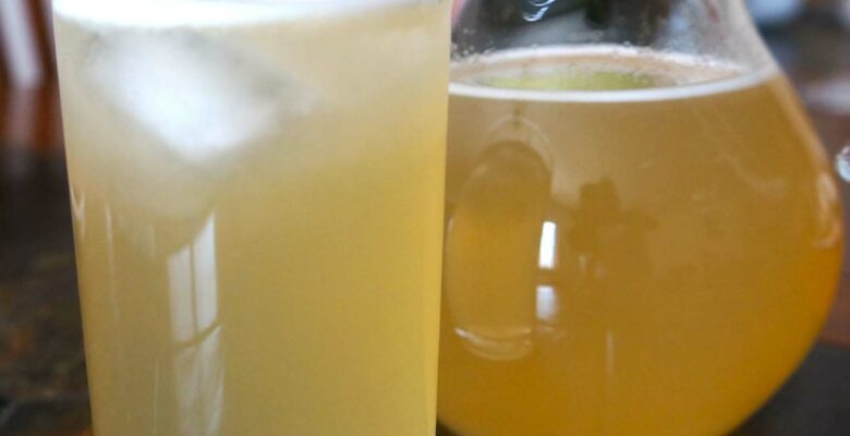 Fresh Vanilla Lemonade