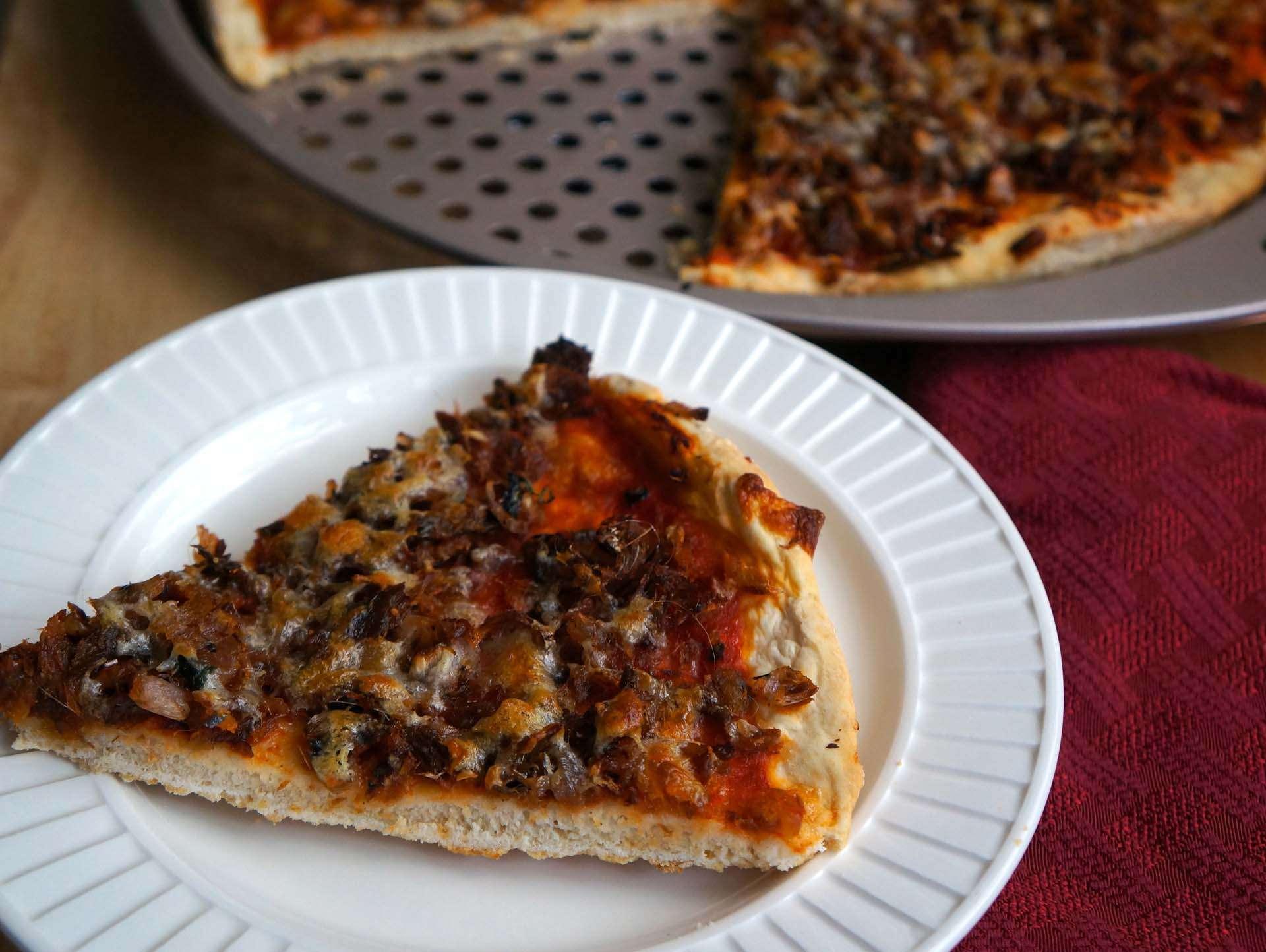 Spicy Smoked Herring Pizza