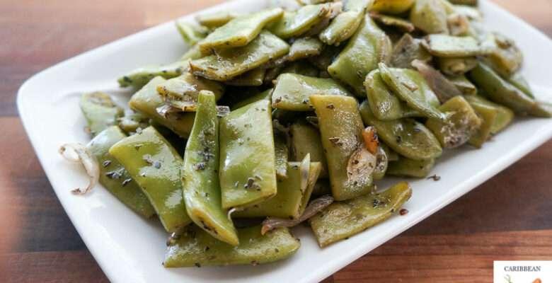 Italian Green Beans with Garlic and Shallots