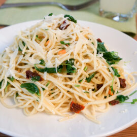 Spaghetti with Sun Dried Tomato with Watercress
