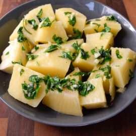 Breadfruit with Vinaigrette 1