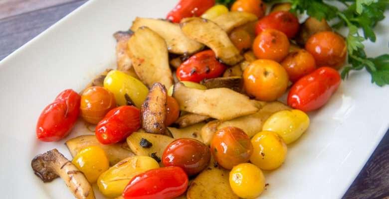 Easy Pan Roasted Mushroom and Tomatoes