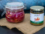 pickled red onions with noubess