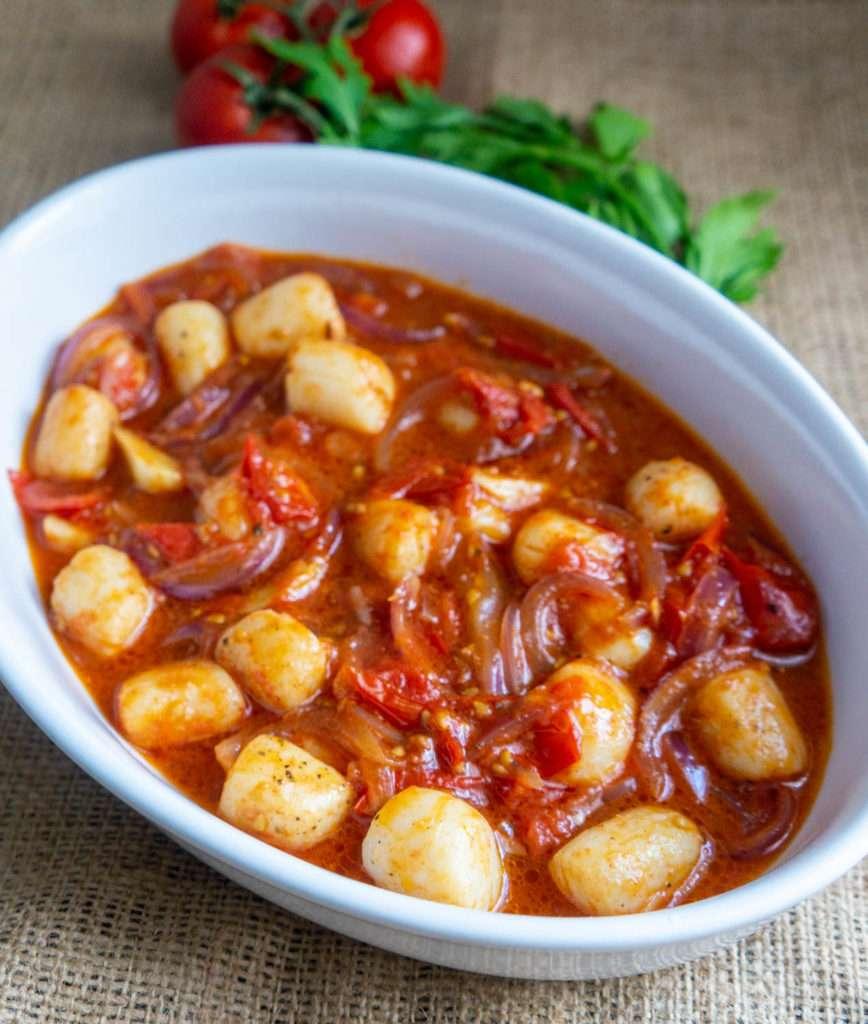 Scallops in Tomato Sauce1