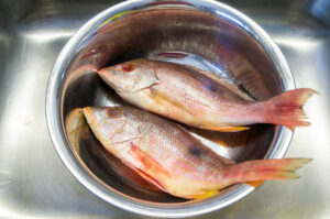 A simple way to clean your fish