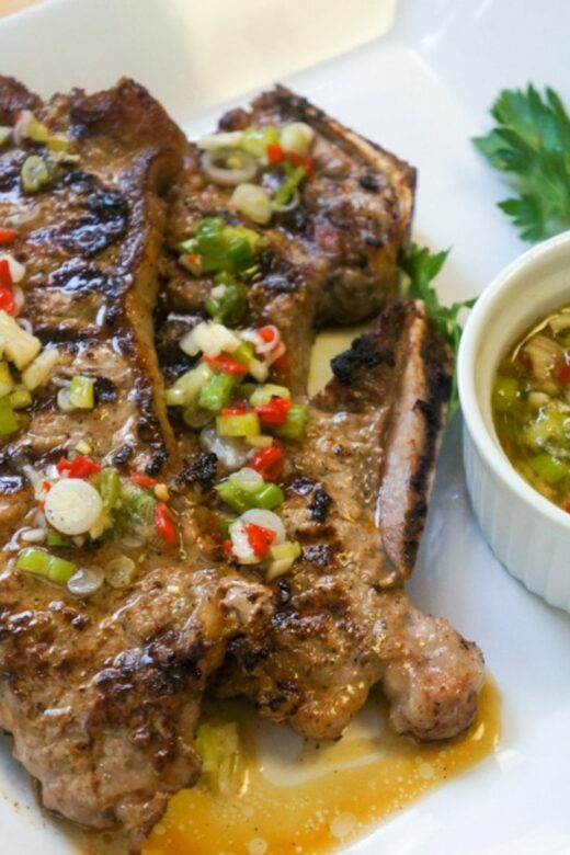Steak with scallions vinaigrette